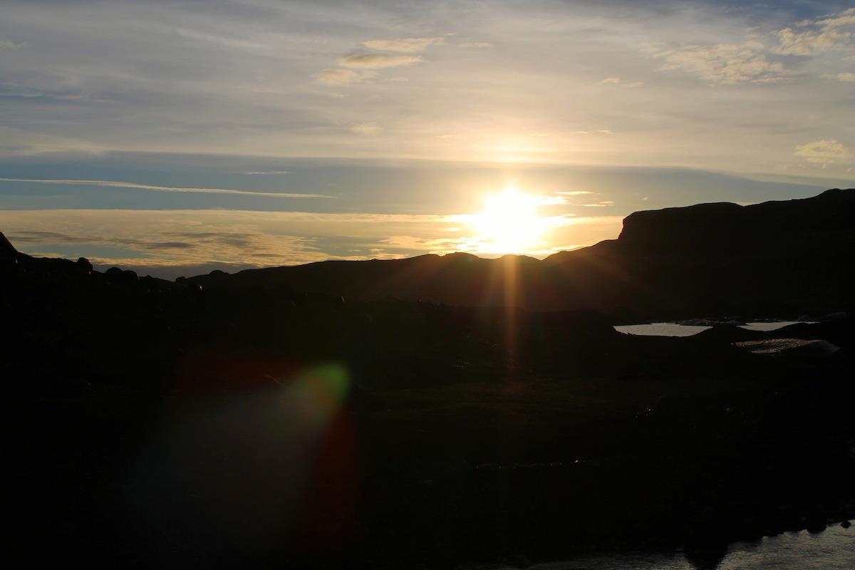 Iceland Travel Reykjavik Keflavik Waterfall Gulfoss Northern Lights Blue Lagoon Spa Geysir Geyser (10)