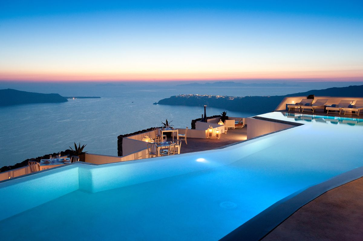 Future Travel: Santorini, Greece - Holiday on Hand Luggage Only (8)
