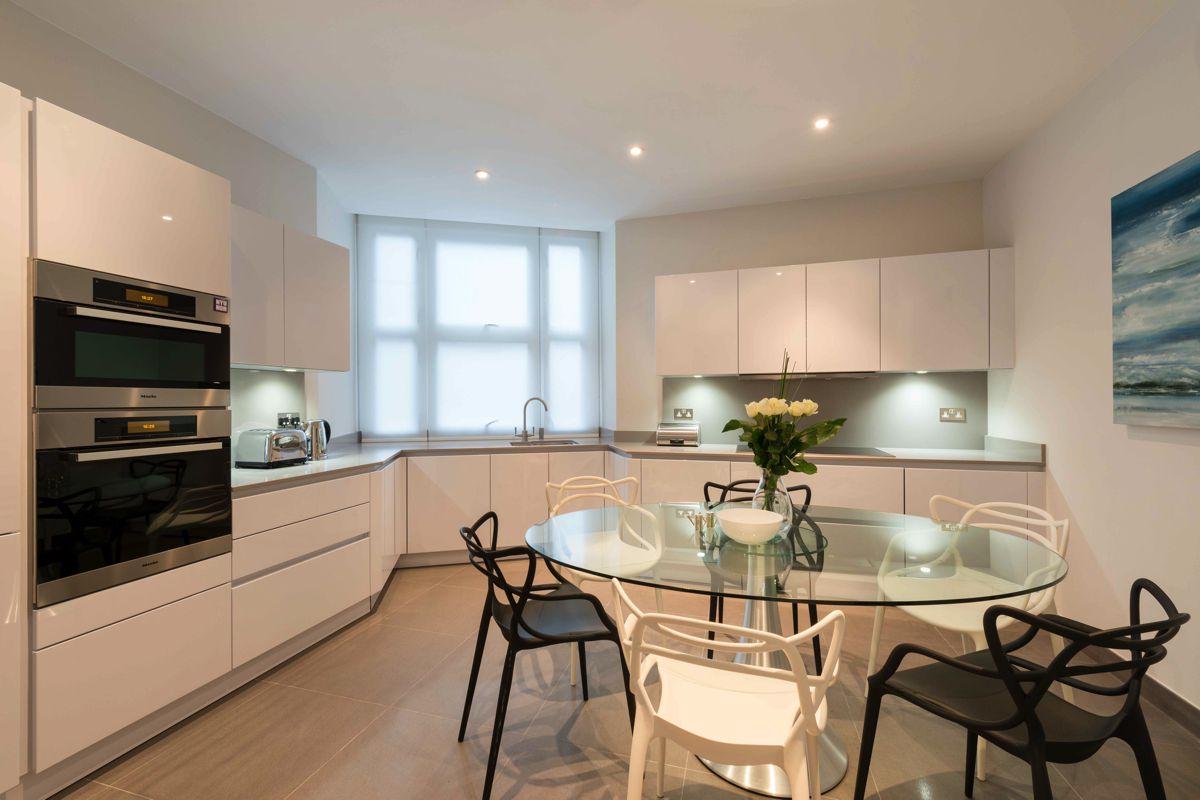 Design Box London Property Portfolio - Interior Decorations (4)