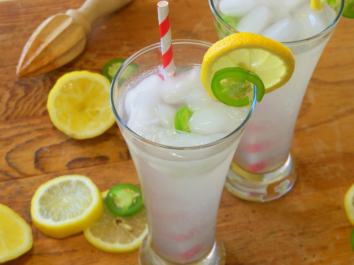The 30 Second (Zero Calorie) Chilli Lemonade Recipe (1)