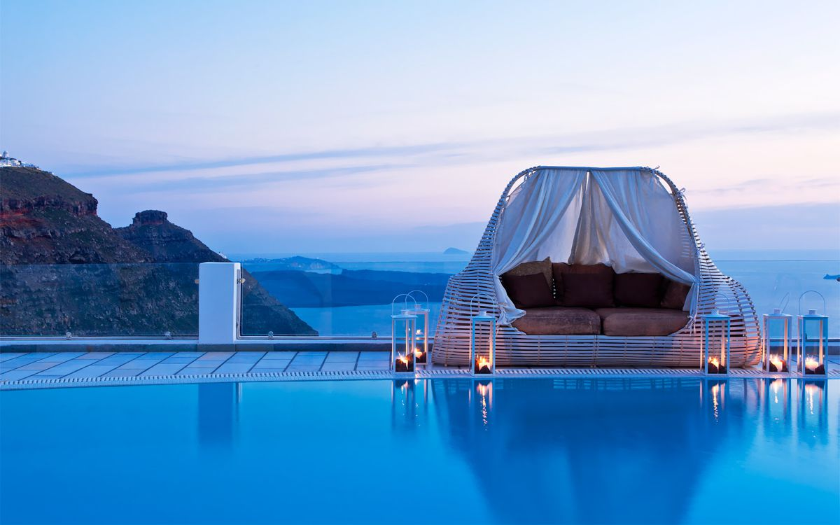 Future Travel: Santorini, Greece - Holiday on Hand Luggage Only (4)