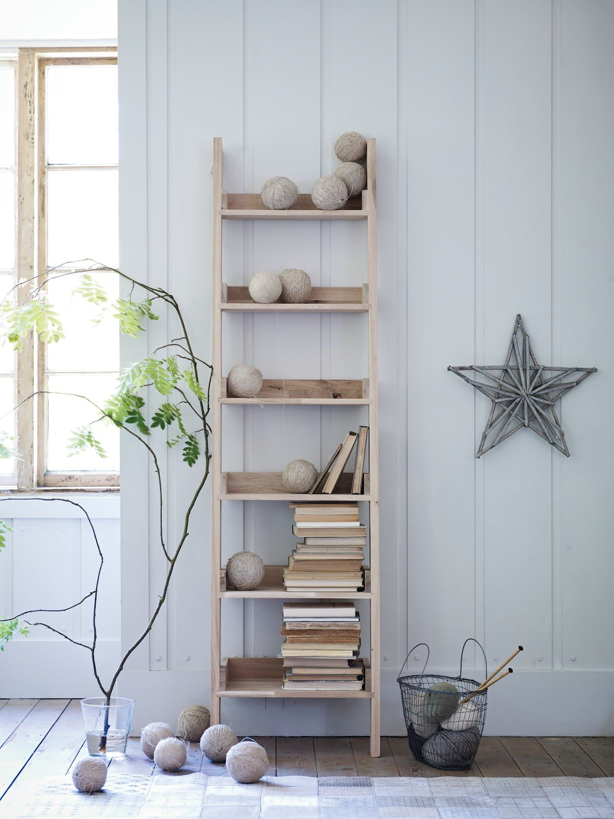 Home Tips: Rustic DIY Ladder Shelf (4)