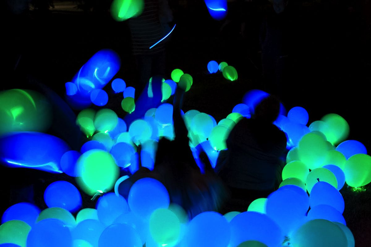 boy room ideas pictures - Excellent DIY Party Decoration Tip Dance floor Disco
