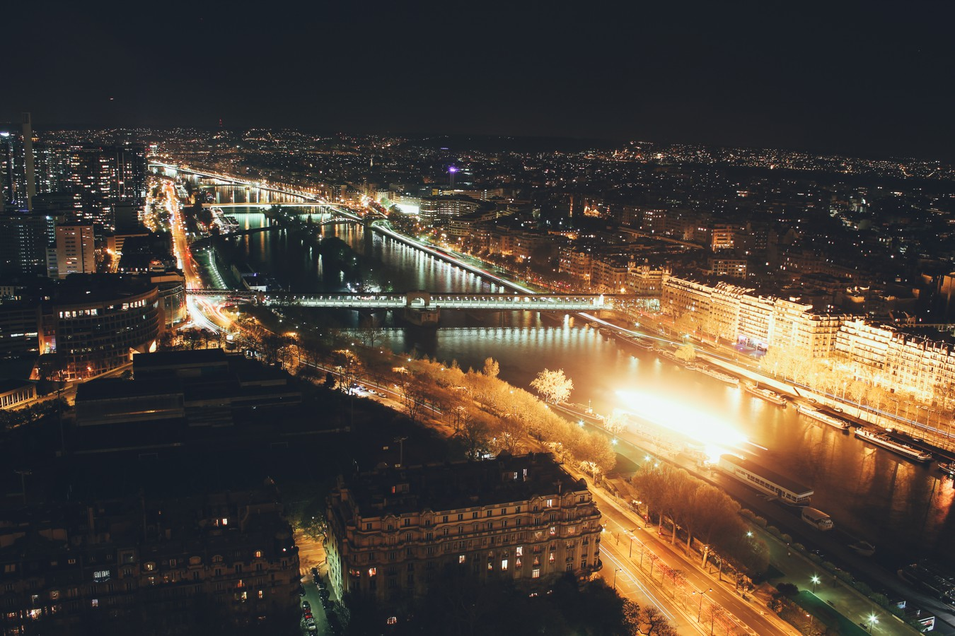 Things to do in Paris - Take in the view from the top of the Eiffel Tower (11)