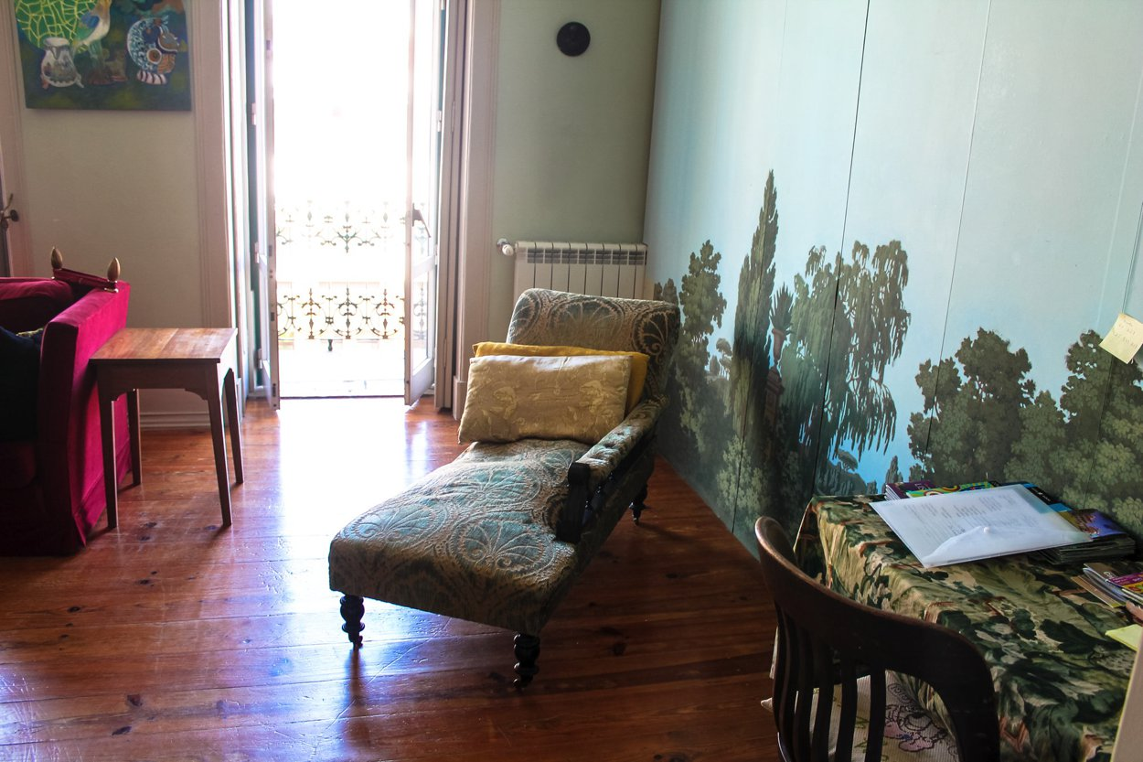 The Artist's Apartment... Lisbon, Portugal (9)