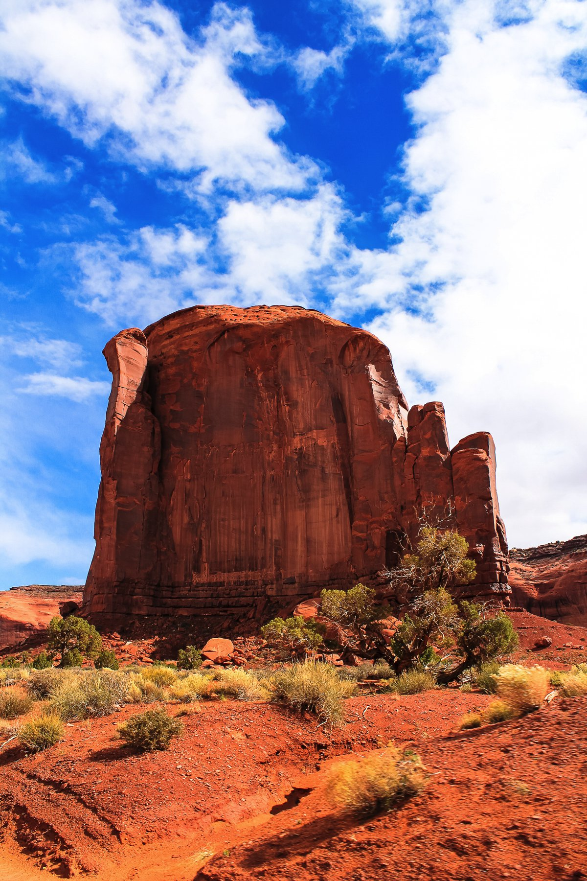 Monument Valley - Zipping back and forth between Utah and Arizona! (10)