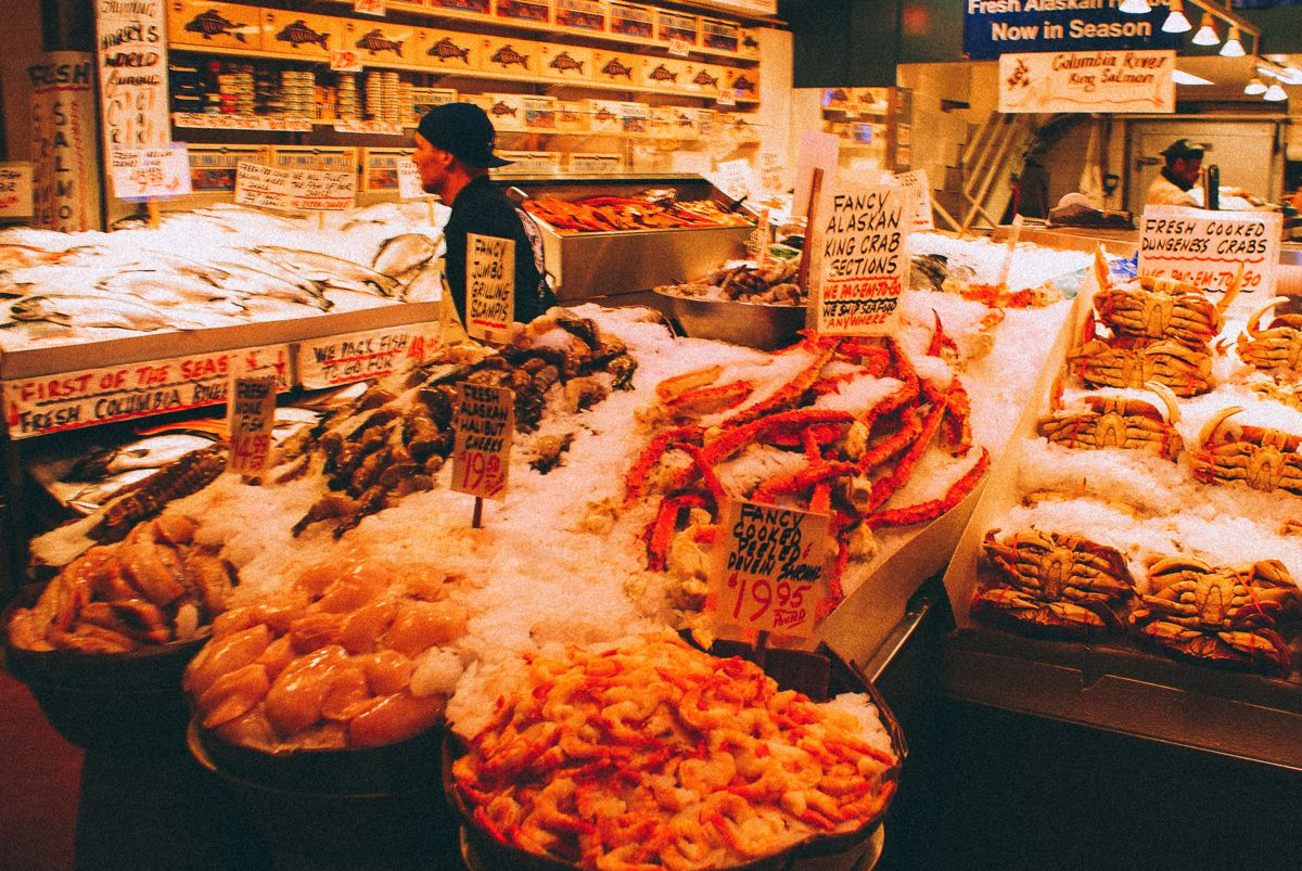 Things to do in Seattle... Visit Pike Place Market! (1)