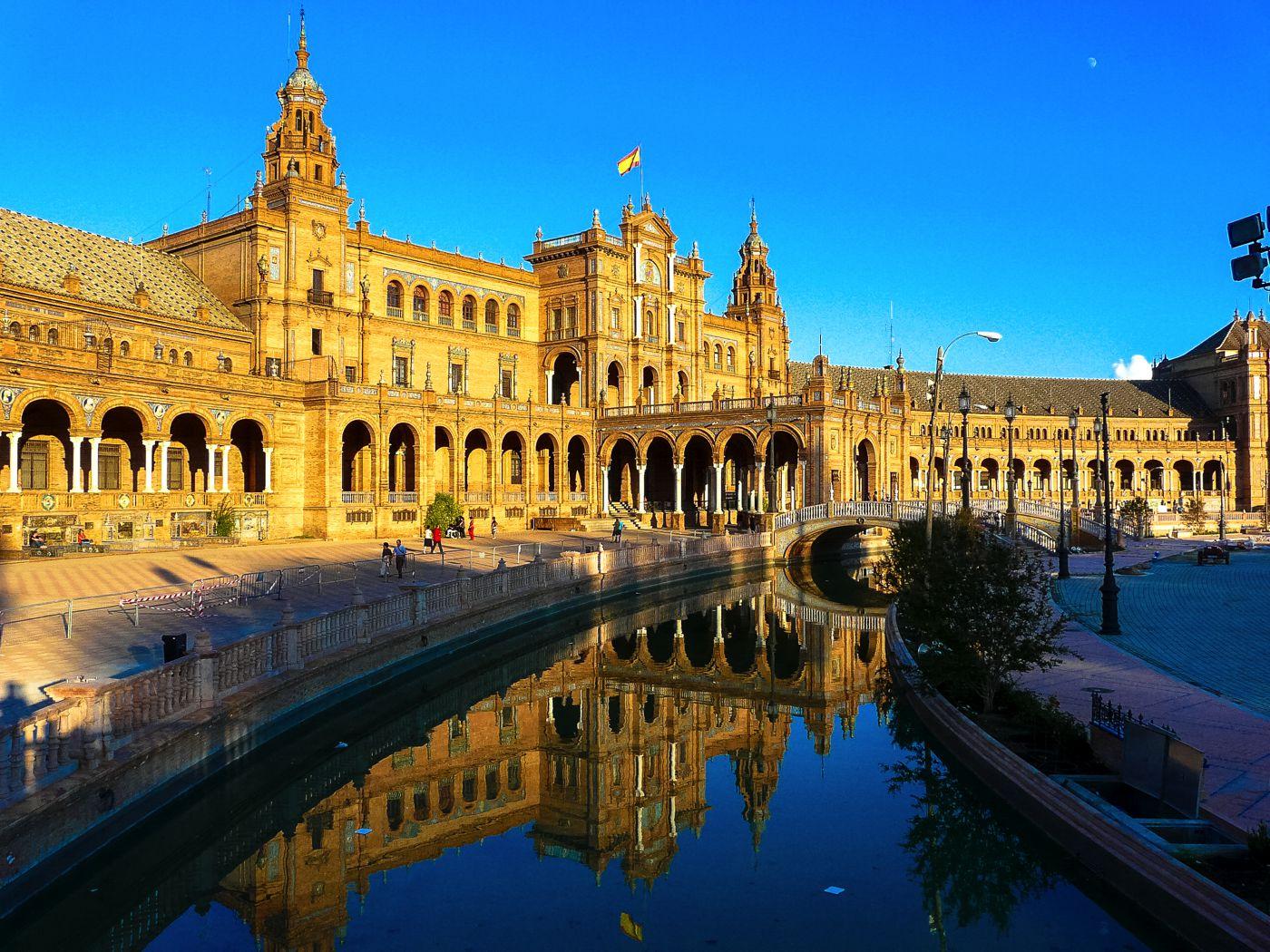 Seville-spain1.jpg Alhambra_at_dusk_Granada_Spain.jpg Catedral_Salamanca_A&I.jpg Spain.Santiago.de.Compostela.Obradoiro.jpg Toledo_Skyline_Panorama,_Spain_-_Dec_2006.jpg Mosque_Cordoba.jpg Catedral_valencia.jpg Madrid Palacio_de_Comunicaciones_-_07.jpg Barcelona.jpg (2)