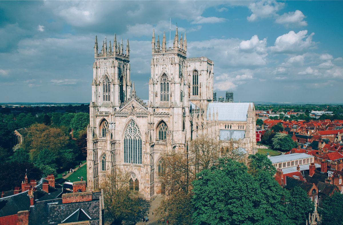 10 Stunning Gothic Architecture You Must See In The UK! (1)