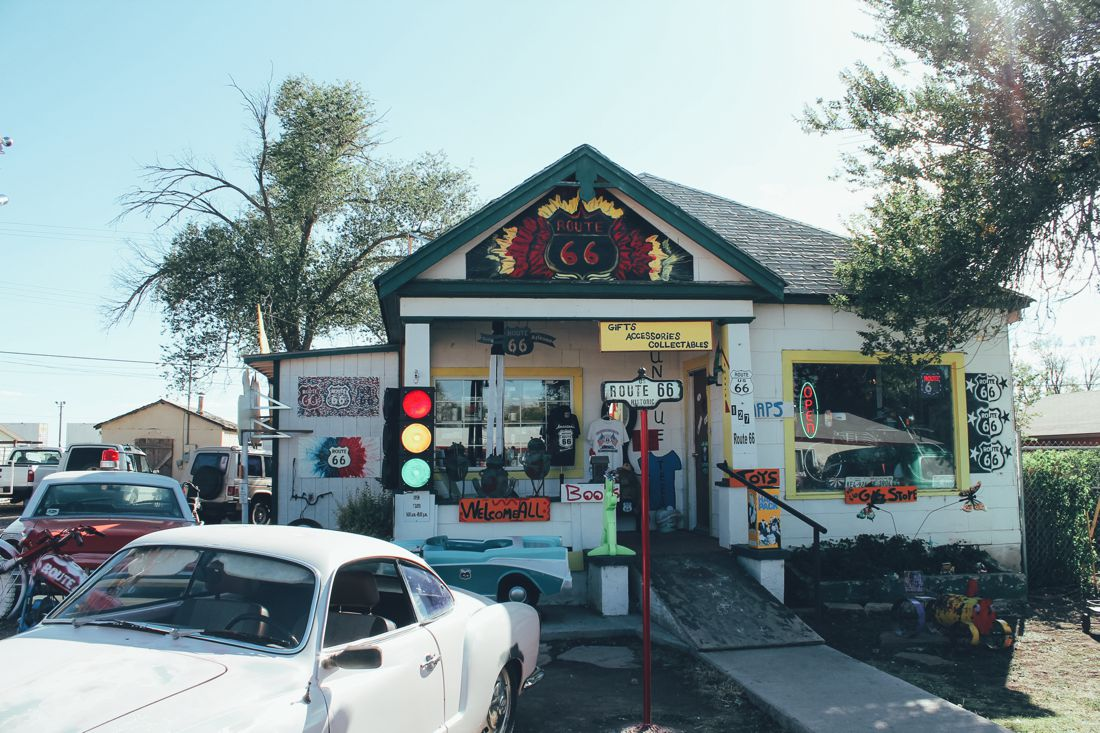 Road Trip USA! The legendary Route 66 and Road Kill Cafe! (7)