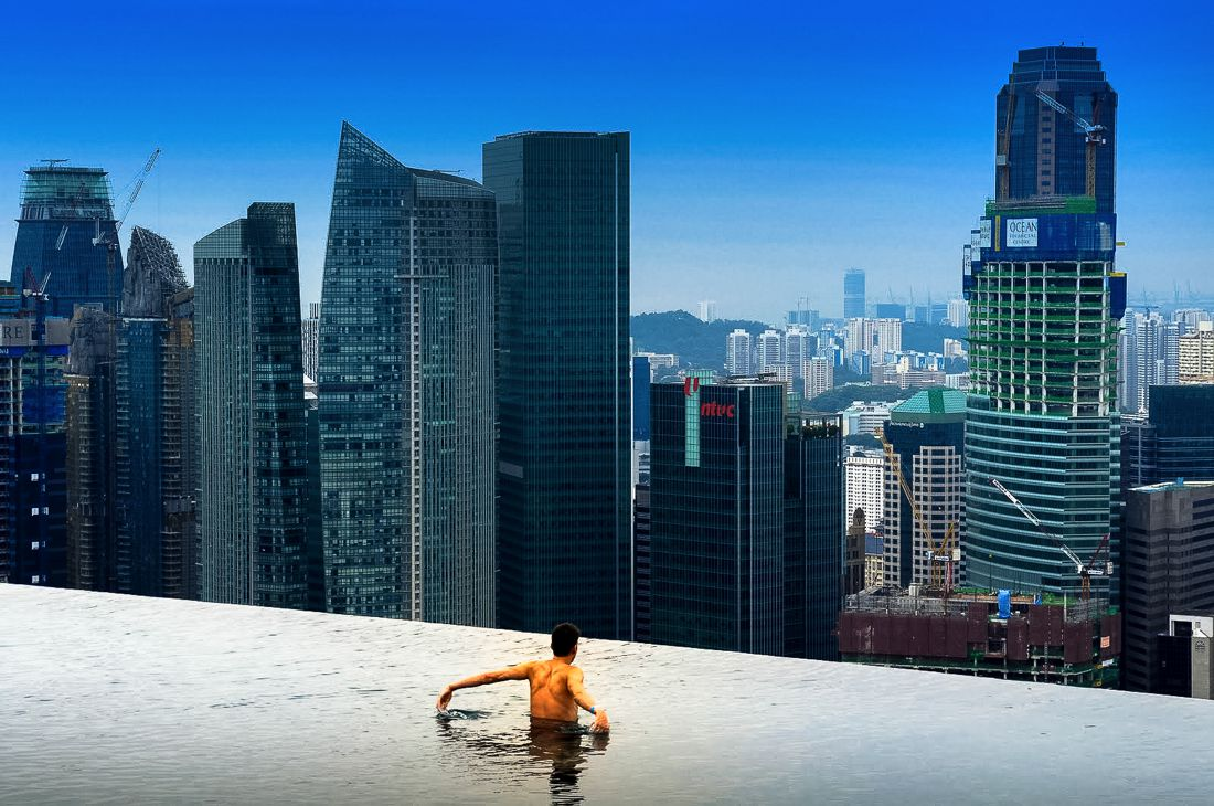 Marina Bay Sands Hotel Infinity Pool and Hotel Room Singapore (3)