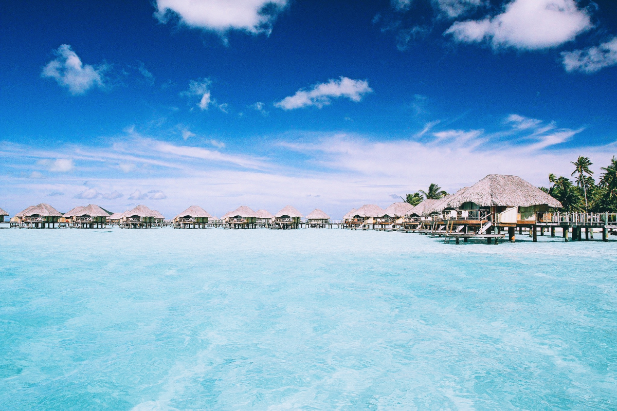 The World's 5 Best Beaches! (1)