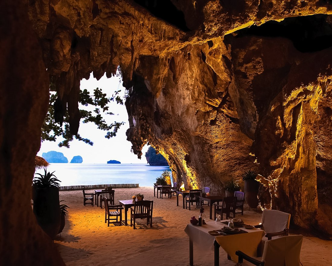 24 Restaurants With The Best Views In The World! (12)