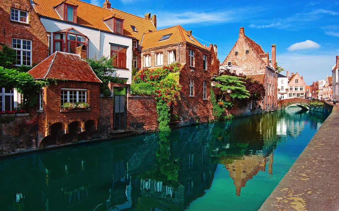 9 of The Most Romantic Cities In The World! (4)