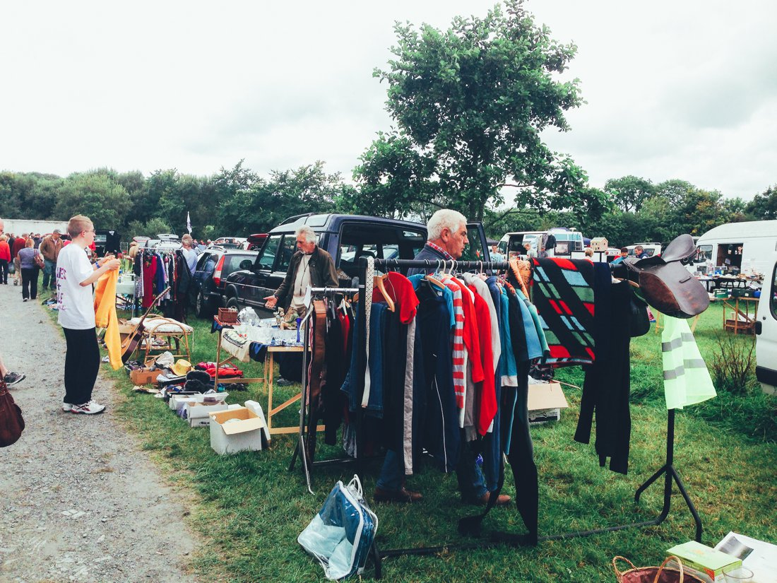 Furniture Hunting at Car Boot Sale UK on Hand Luggage Only Blog (11)