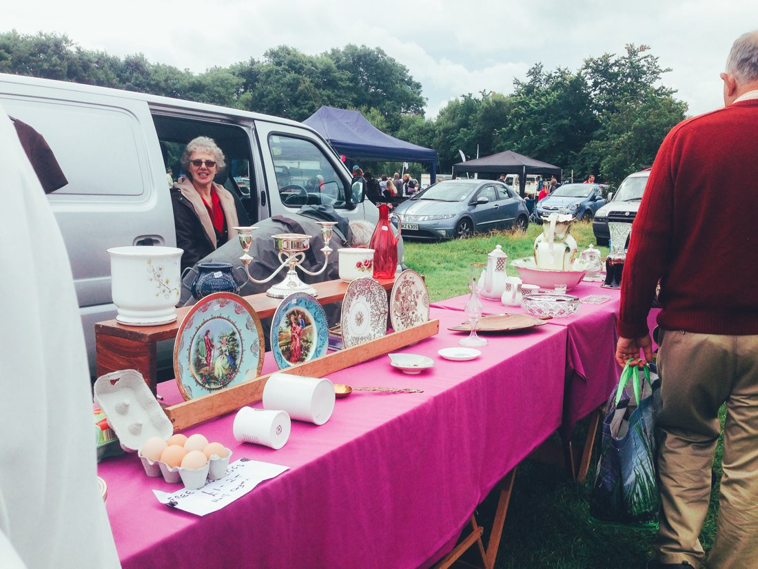 Furniture Hunting at Car Boot Sale UK on Hand Luggage Only Blog (13)