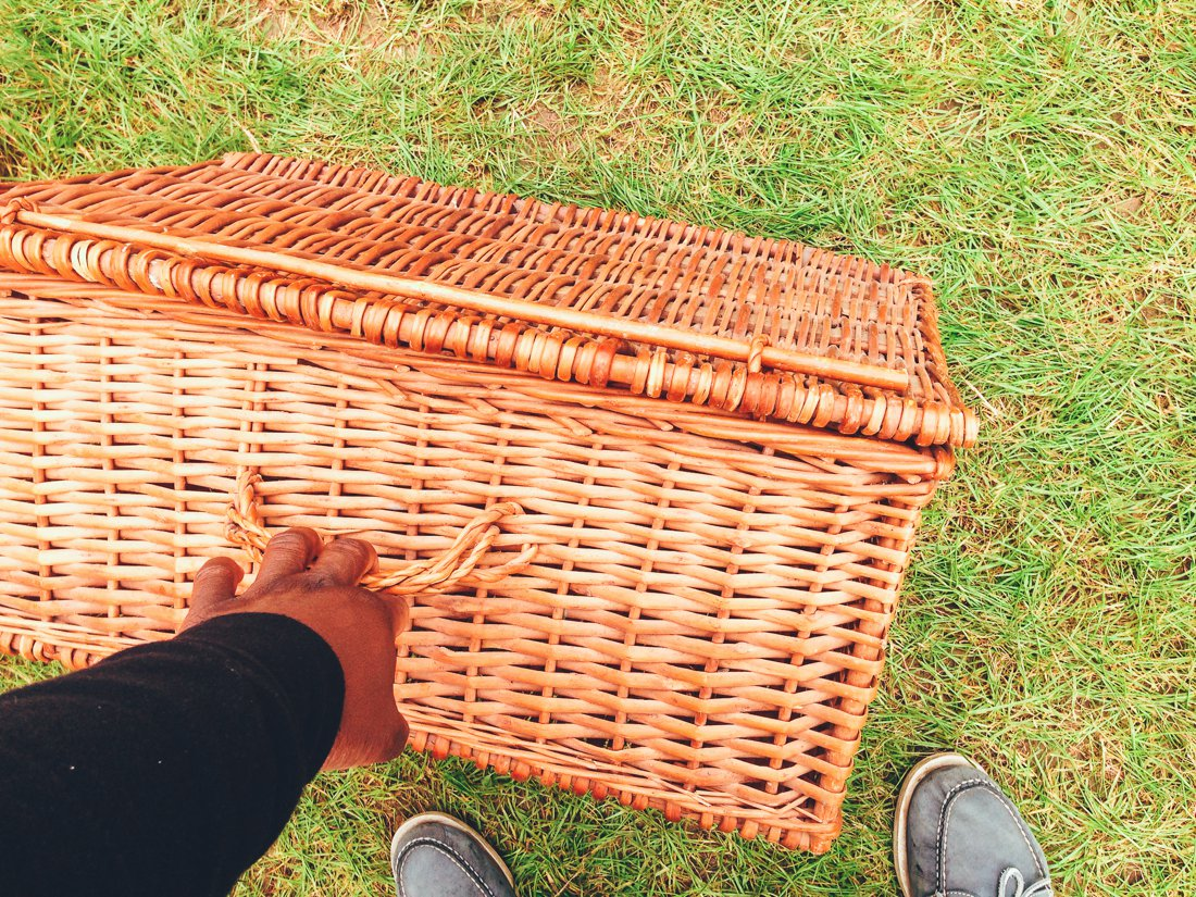 Furniture Hunting at Car Boot Sale UK on Hand Luggage Only Blog (15)