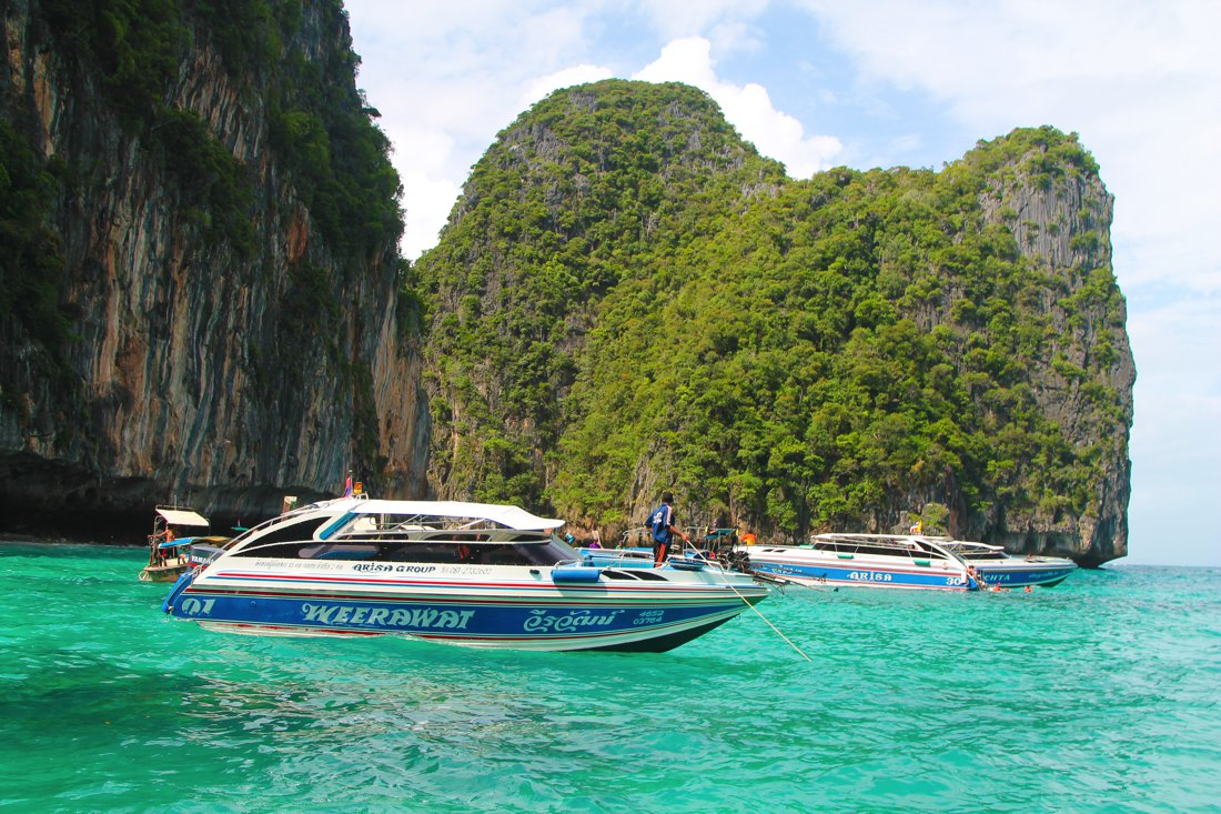 Maya Bay, Phi Phi Island, Thailand on Hand Luggage Only Blog (17)