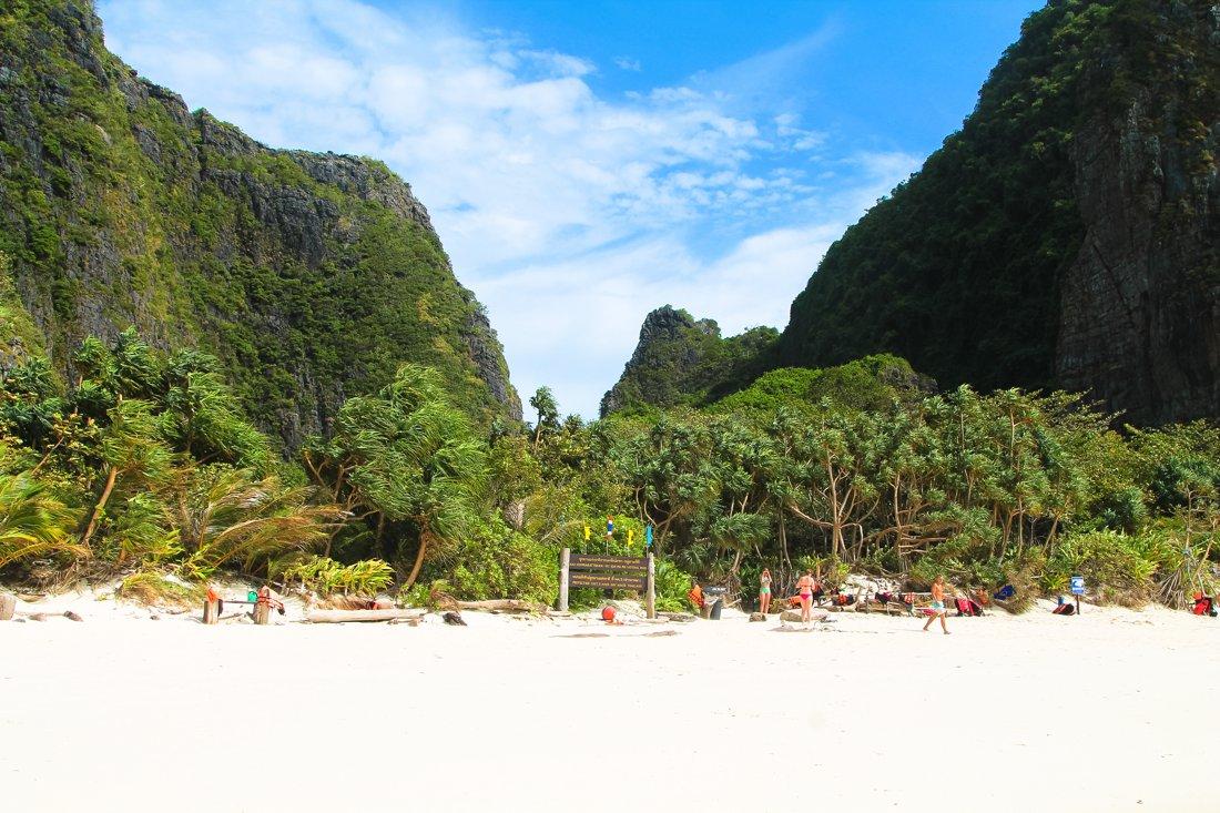 Maya Bay, Phi Phi Island, Thailand on Hand Luggage Only Blog (13)