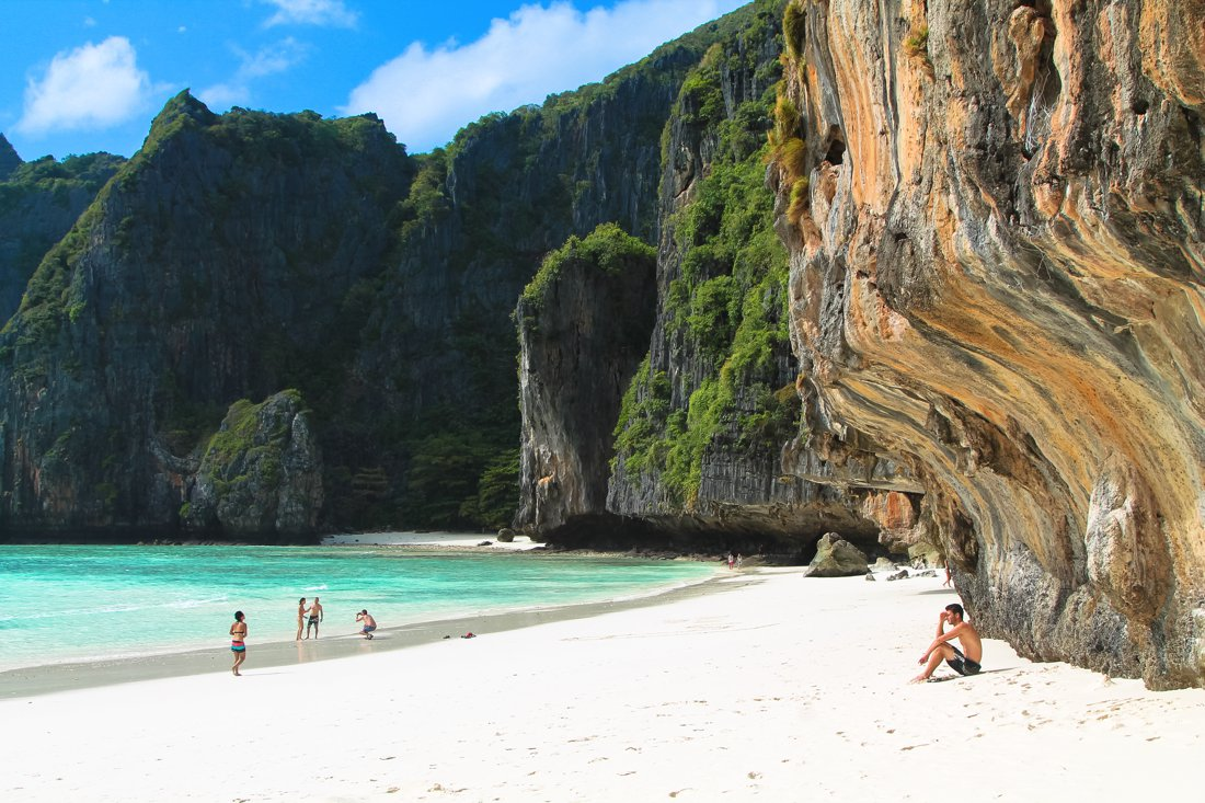 Maya Bay, Phi Phi Island, Thailand on Hand Luggage Only Blog (12)