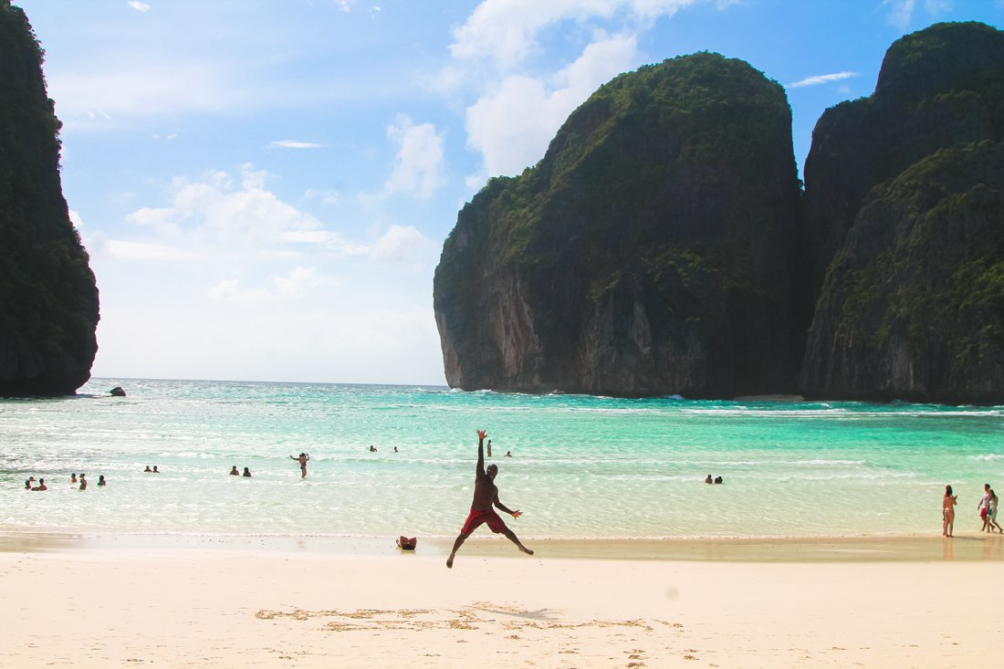 Maya Bay, Phi Phi Island, Thailand on Hand Luggage Only Blog (10)