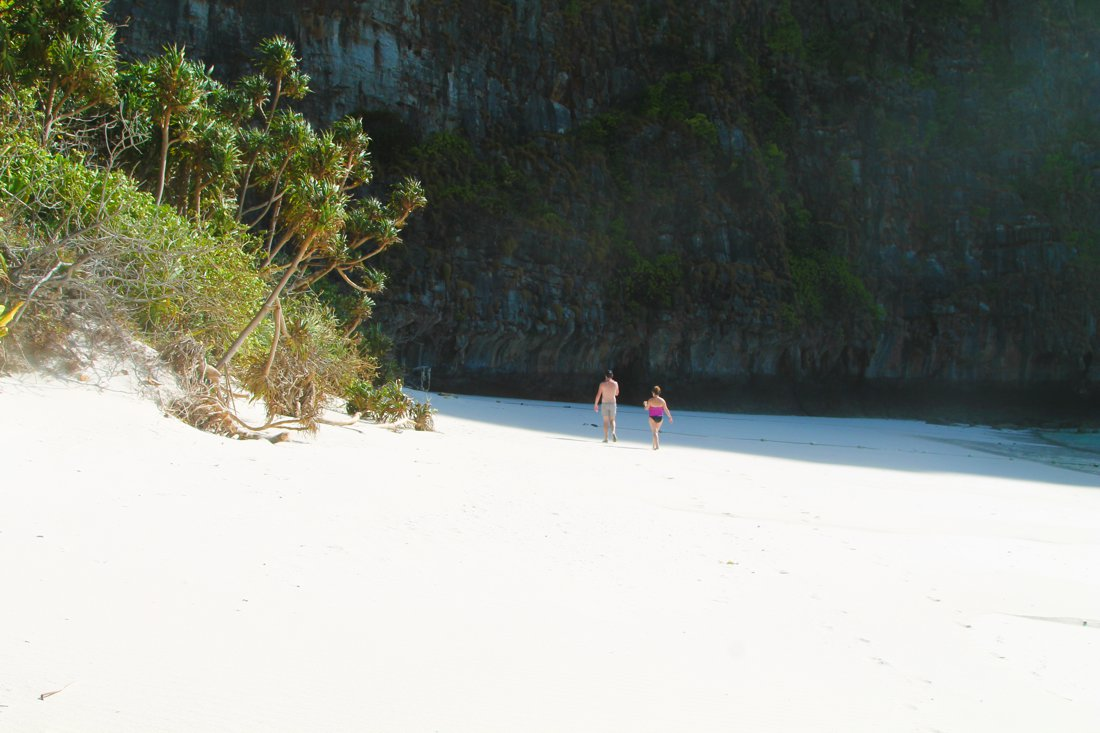 Maya Bay, Phi Phi Island, Thailand on Hand Luggage Only Blog (7)
