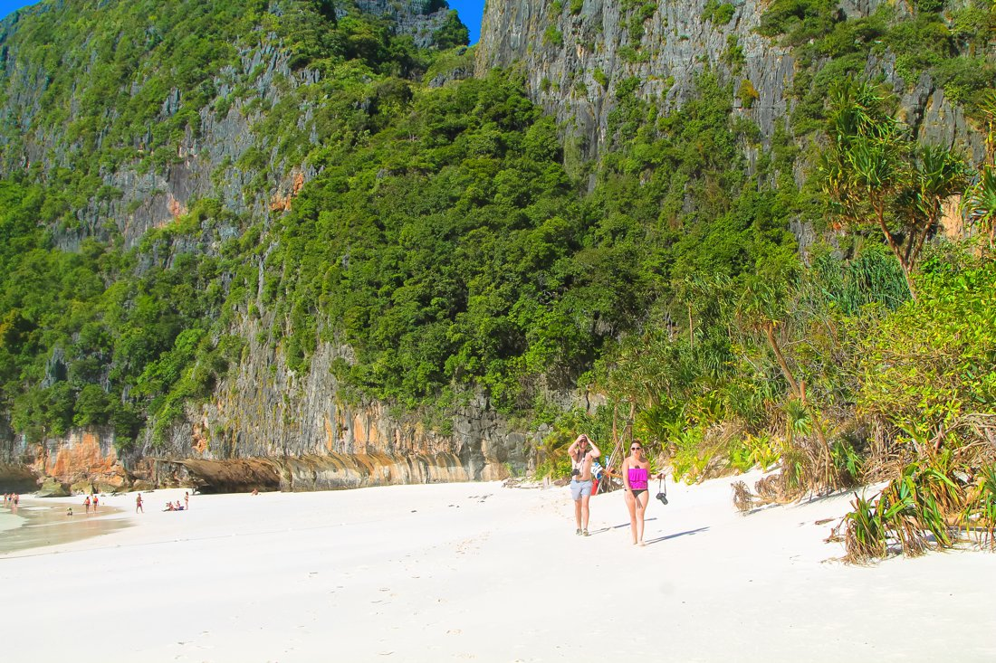 Maya Bay, Phi Phi Island, Thailand on Hand Luggage Only Blog (5)