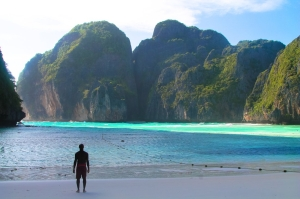 10 Things To Do When Visiting Maya Bay In The Phi Phi Islands, Thailand