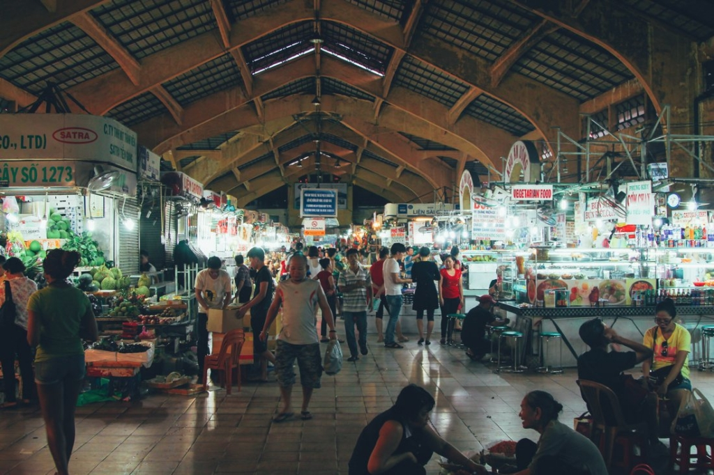 7 Tips To Help You Successfully Negotiate Bến Thành Market, Hồ Chí Minh City in Vietnam (2)
