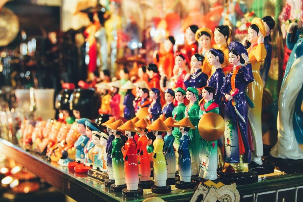 7 Tips To Help You Successfully Negotiate Bến Thành Market, Hồ Chí Minh City in Vietnam (4)