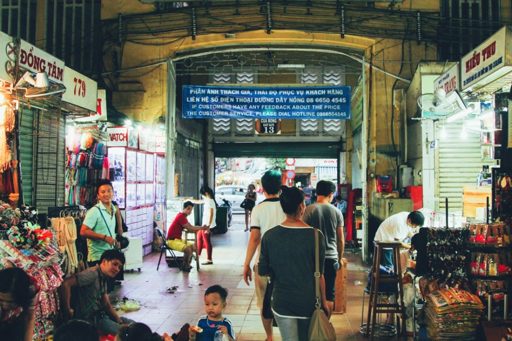 7 Tips To Help You Successfully Negotiate Bến Thành Market, Hồ Chí Minh City in Vietnam (6)
