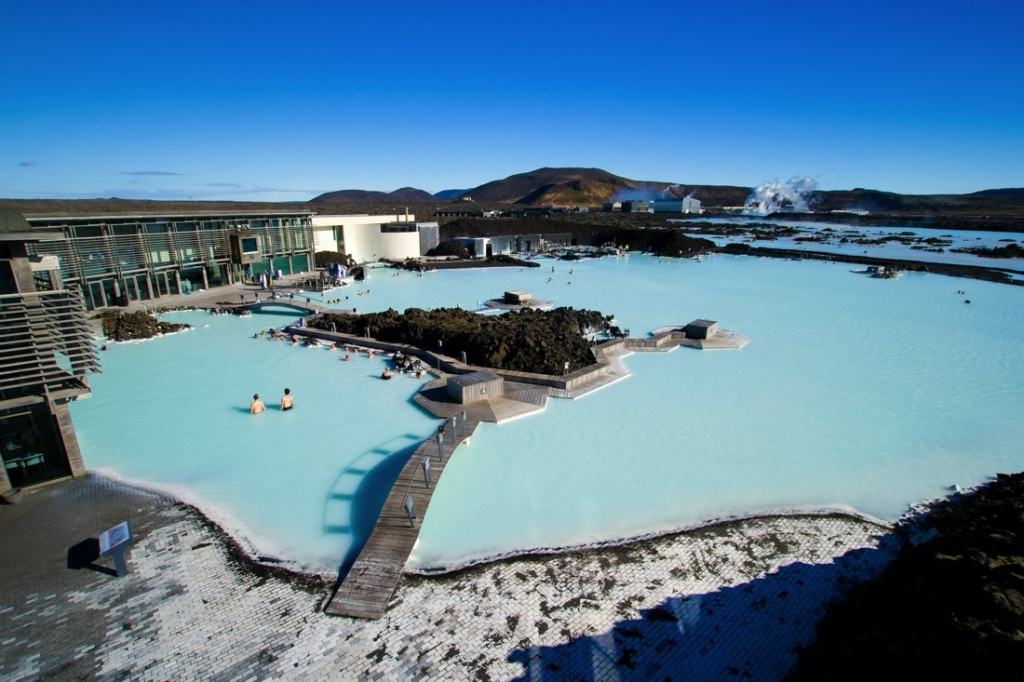 7 Magical Winter Destinations to Suit Everyone! (8)