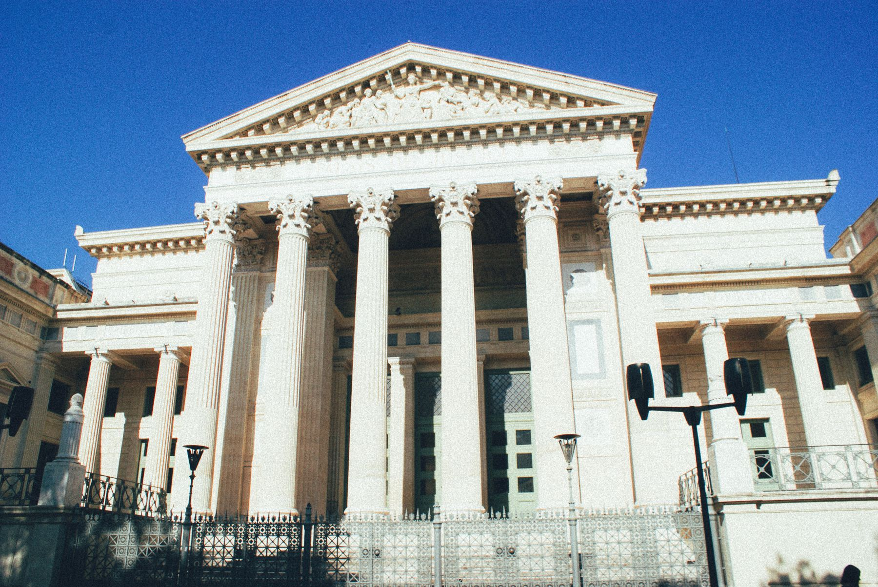 Visit Ancient Rome… in the South of France! In Nimes (9)