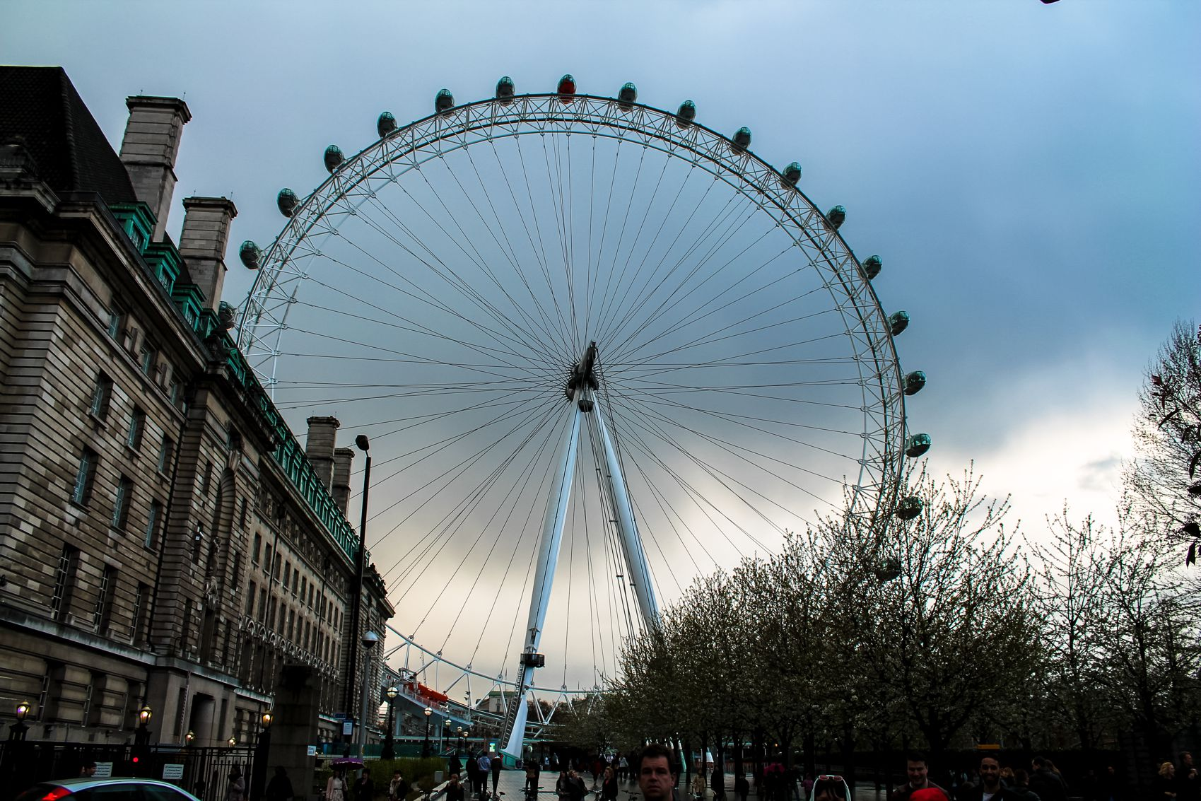 The View of London from The London Eye and a Walk Around London (1)