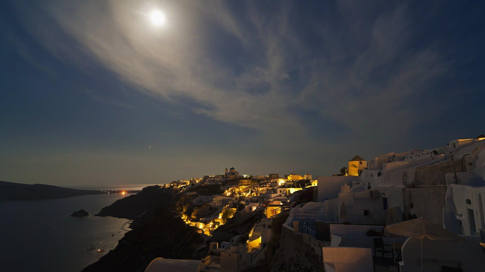 Greece. Grecian Holiday Travel Inspiration (2)