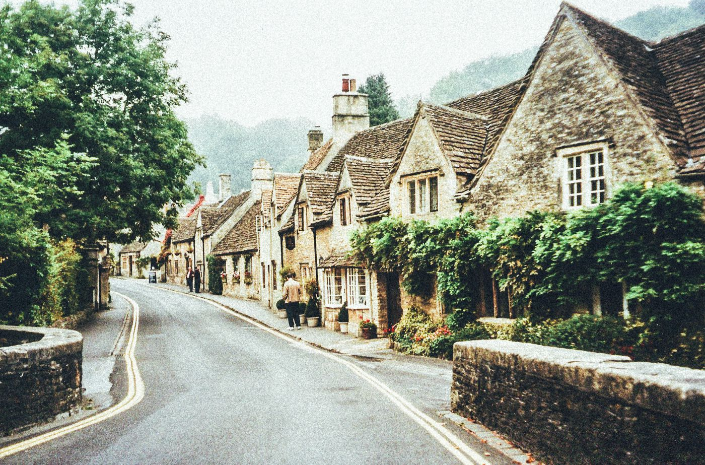 17 Of The Most Beautiful Villages To Visit In Britain! (11)