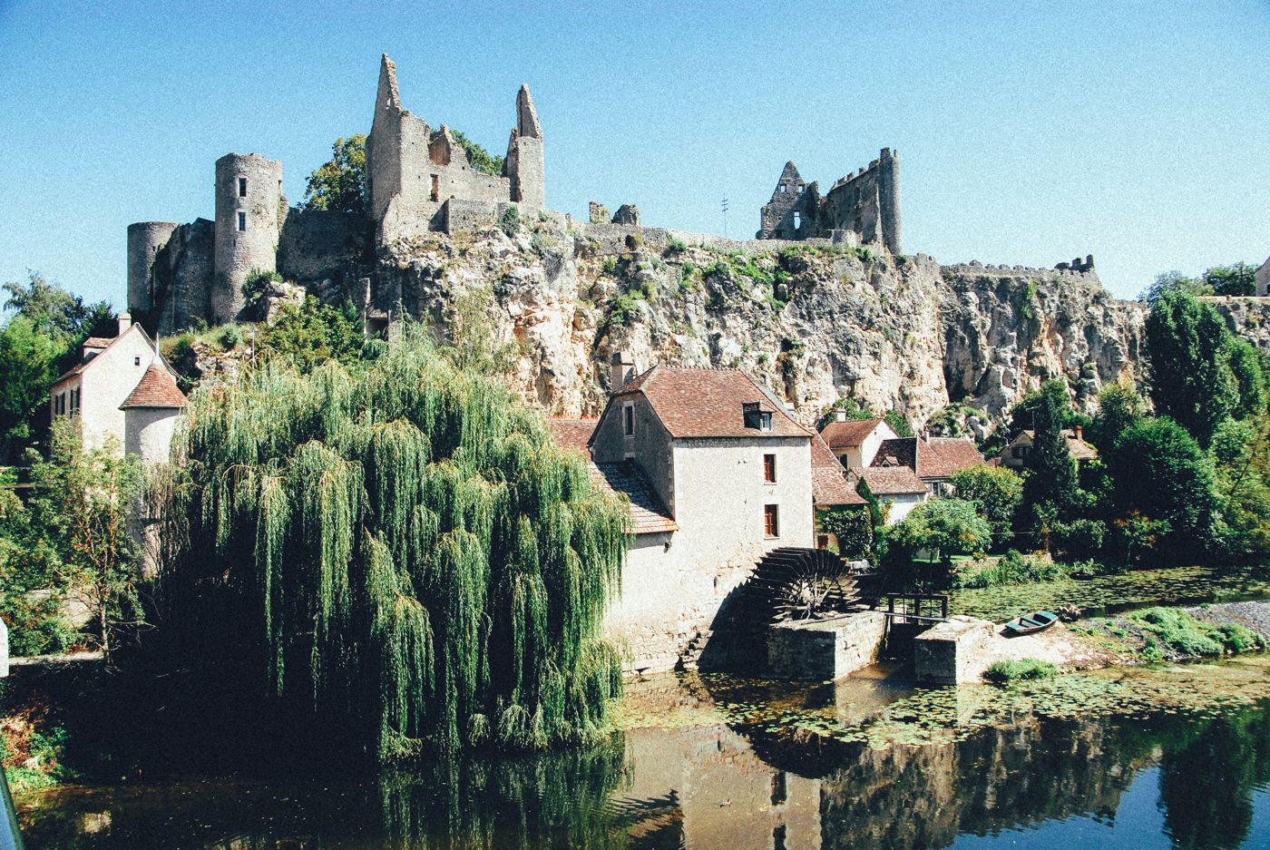 The 25 Most Beautiful Villages To Spend A Weekend In France! (2)
