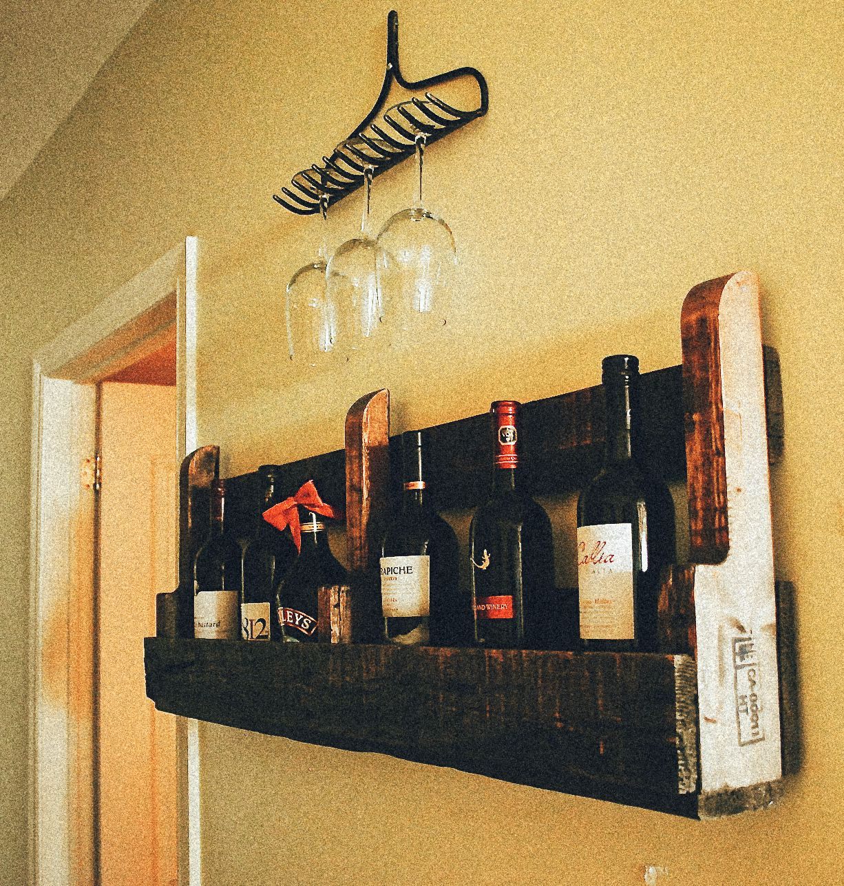 Rake Wine Glass Holders (1)