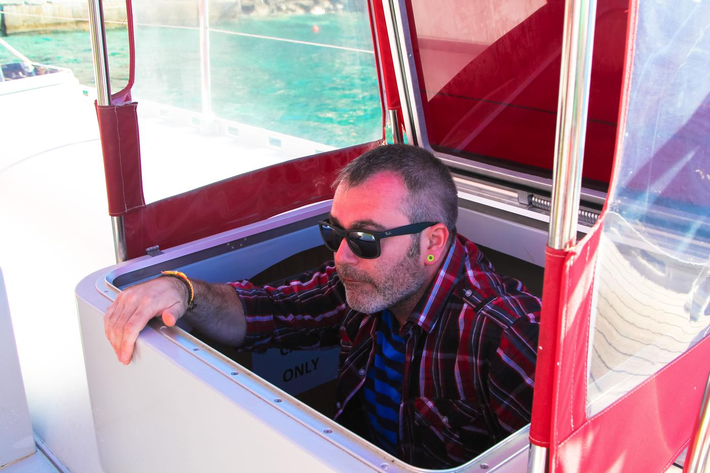 Things To Do When Sailing Around Santorini... (4)