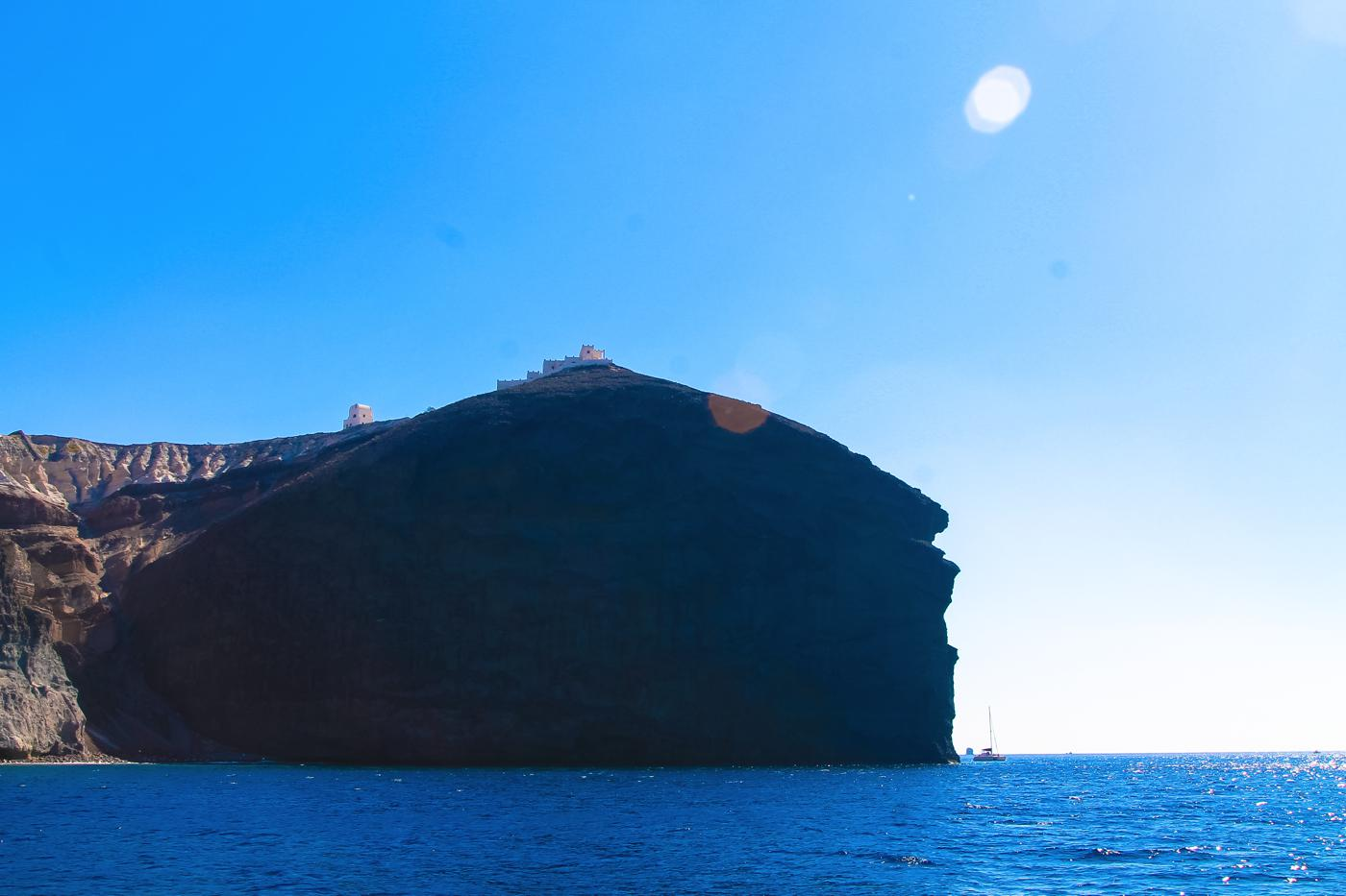 Things To Do When Sailing Around Santorini... (9)