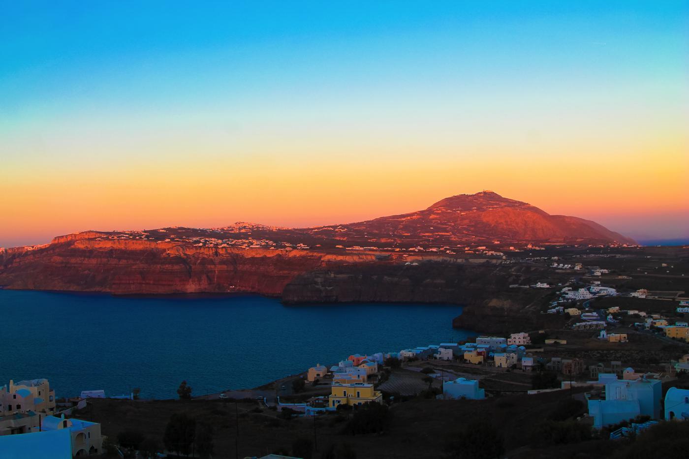 Things To Do When Sailing Around Santorini... (31)