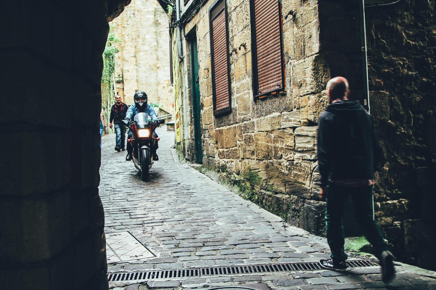 Cobbled Streets, Alley Ways And Seafood... Fish, Monkfish, Hake, Restaurant Ziaboga, Basque Country, Pasaia, Spain (34)