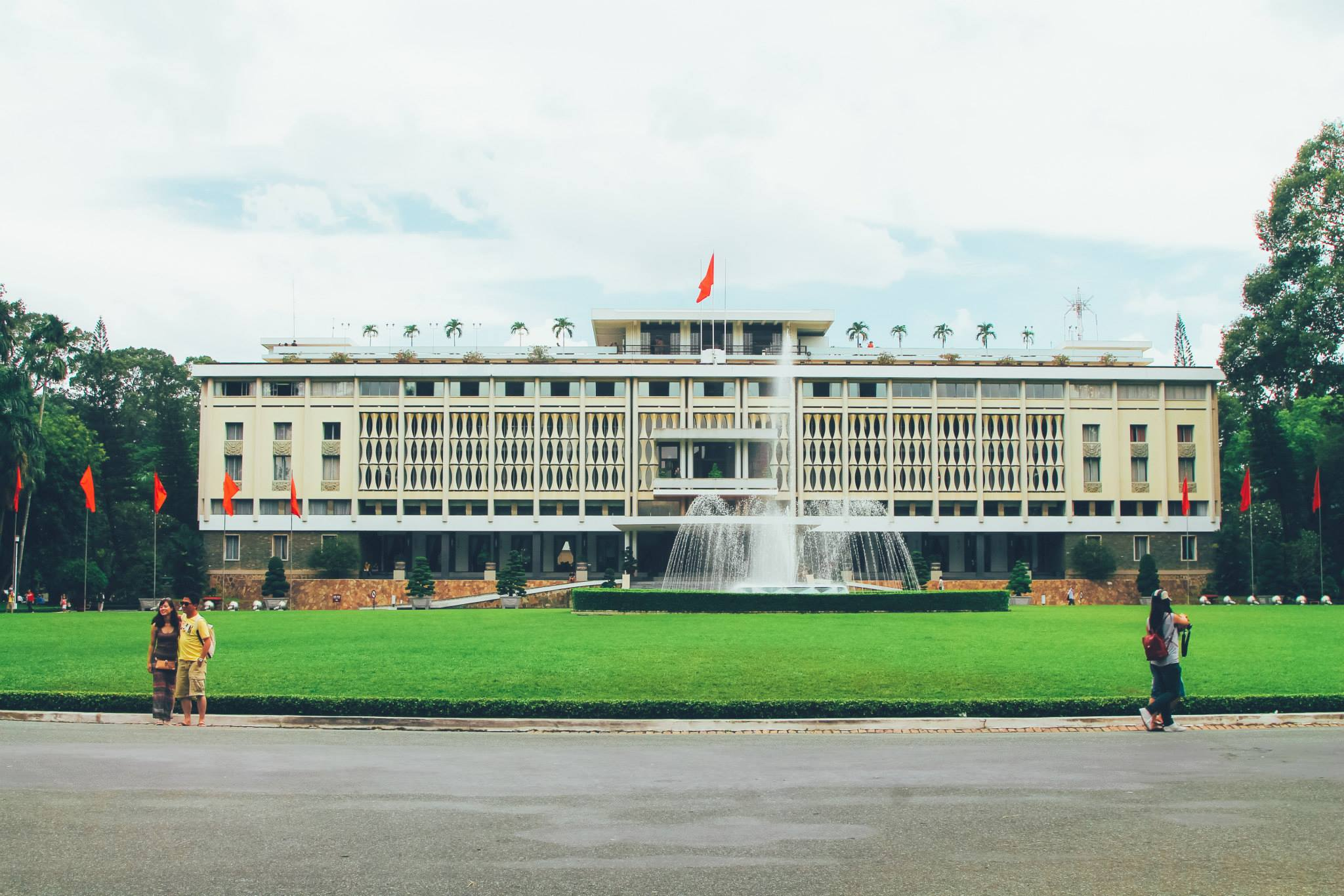 Photo Diary: Visiting Independence Palace in Saigon, Vietnam (1)