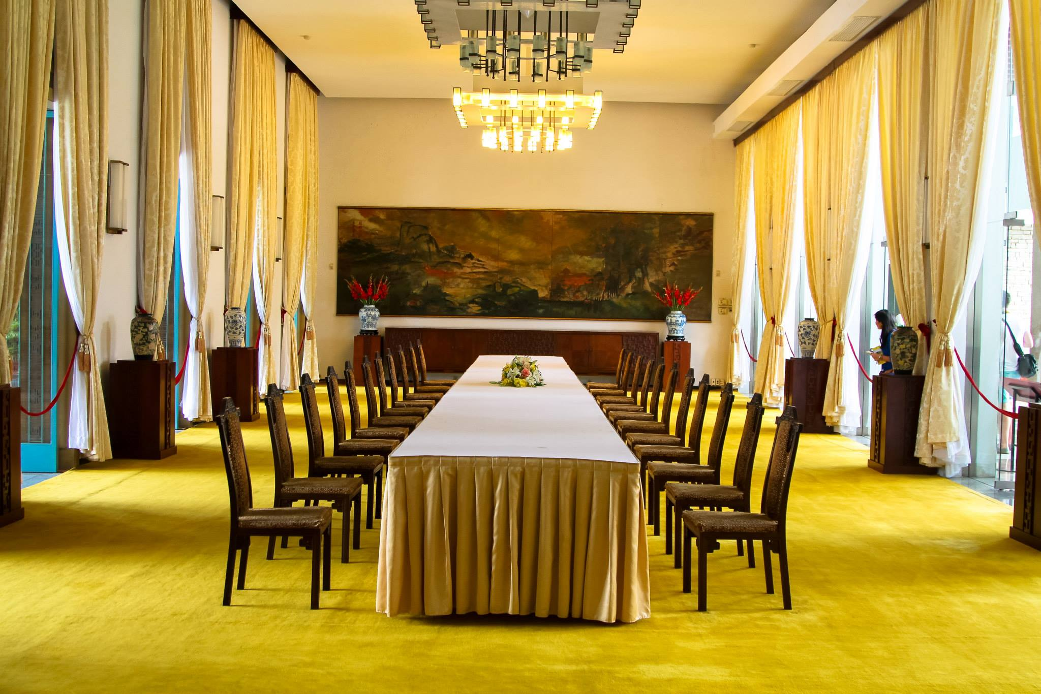 Photo Diary: Visiting Independence Palace in Saigon, Vietnam (6)