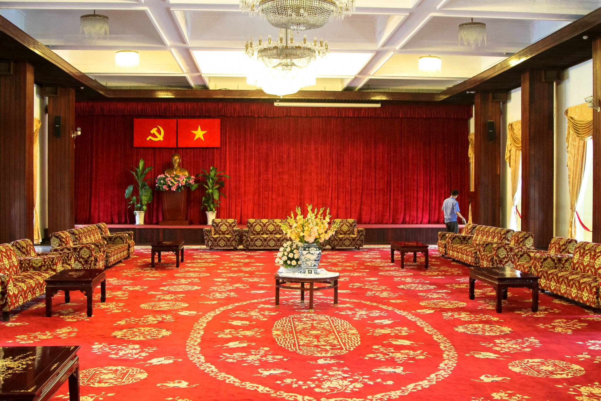 Photo Diary: Visiting Independence Palace in Saigon, Vietnam (4)