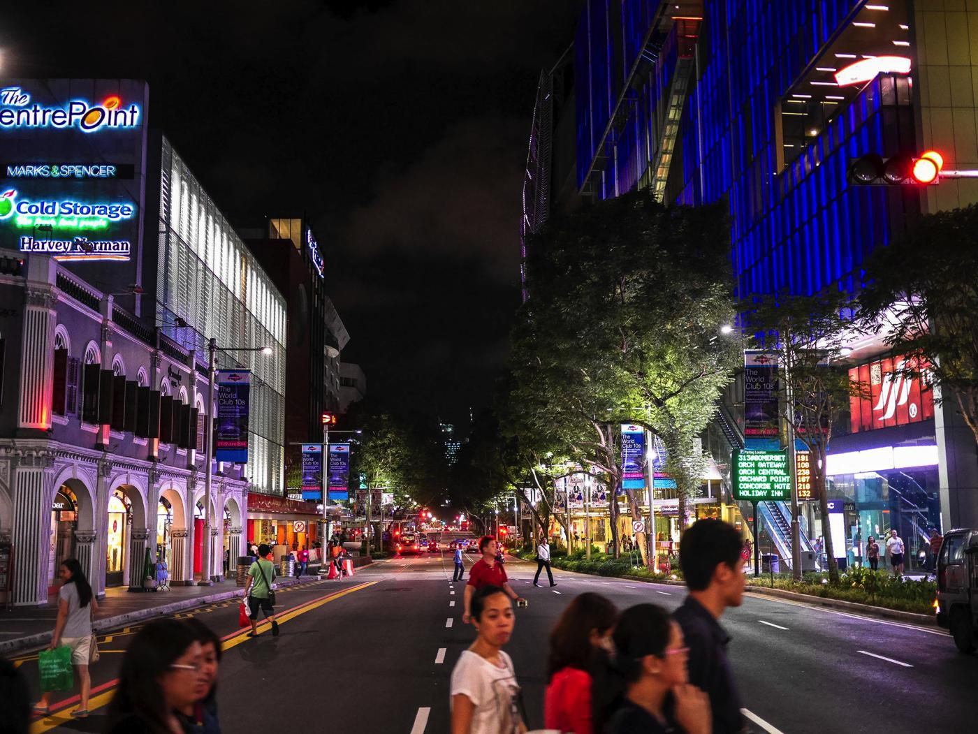 Orchard Road, Singapore Travel on Hand Luggage Only (13)