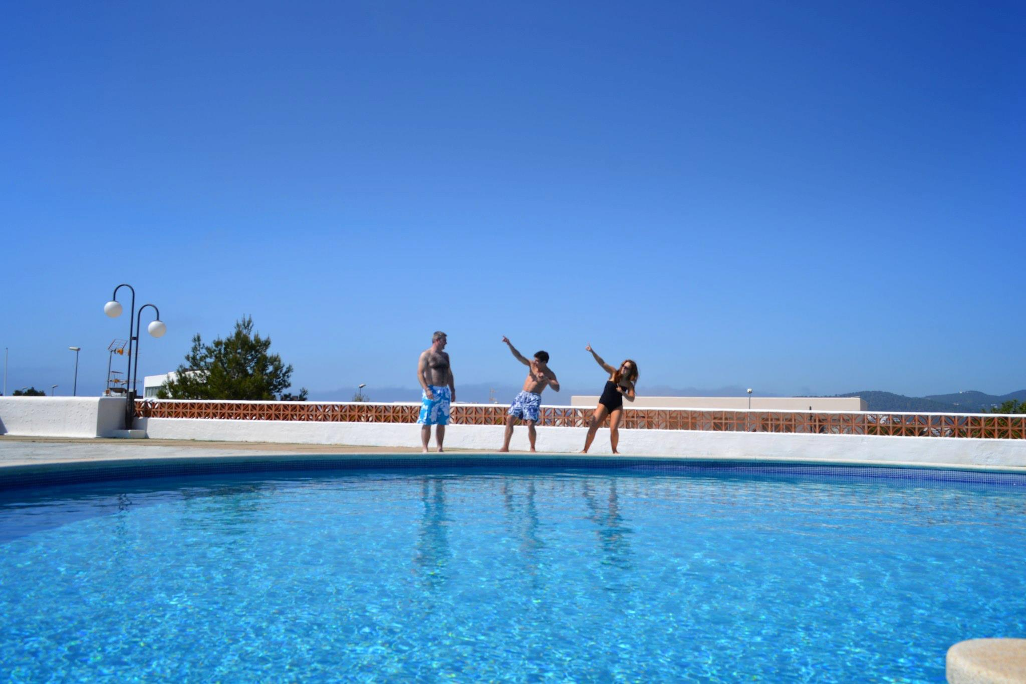 Sunshine, Sangria, Pool Diving, Friends, Fun in Ibiza, Spain on Holiday (13)