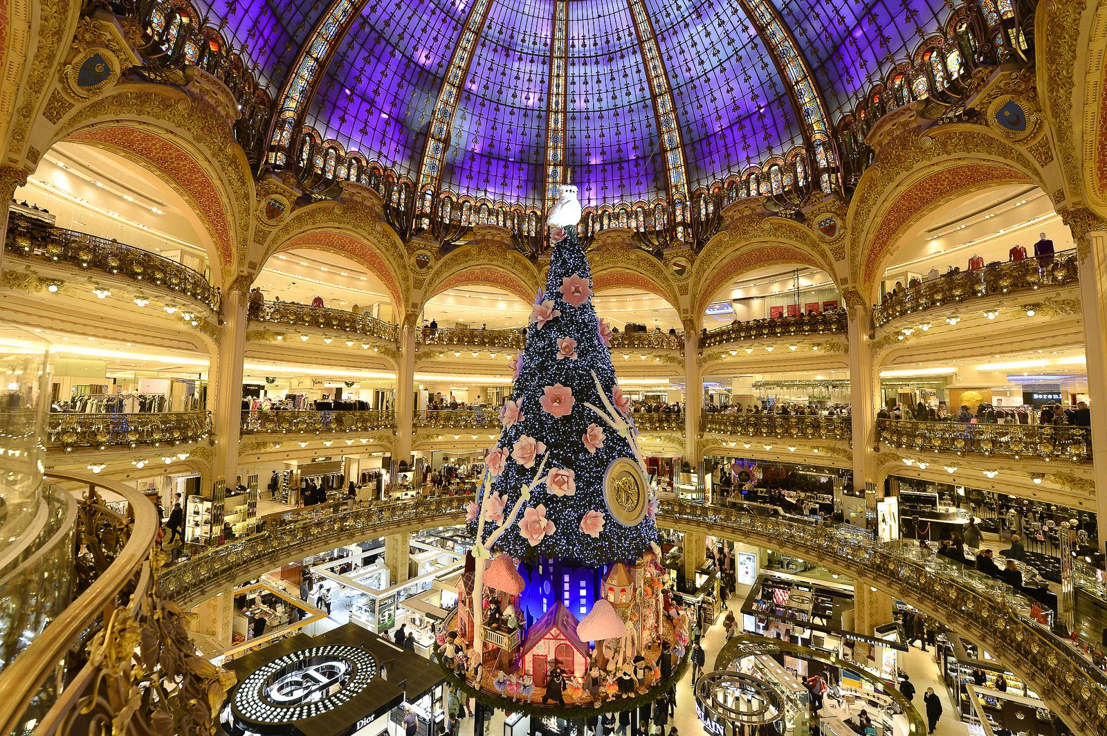 9 Free Things To Do In Paris! (1)