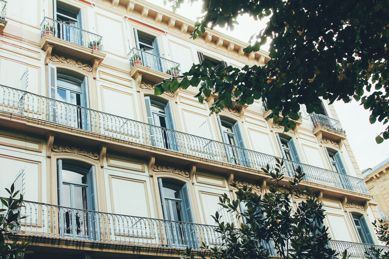 The Most Beautiful City in Spain. San Sebastian, Gipuzkoa, Spain, Hotel Londres (4)