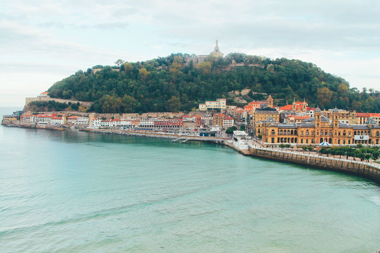 The Most Beautiful City in Spain. San Sebastian, Gipuzkoa, Spain, Hotel Londres (43)